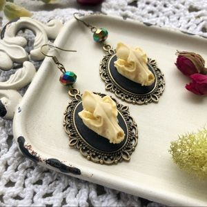 🖤Wolf Skull Cameo Earrings🖤